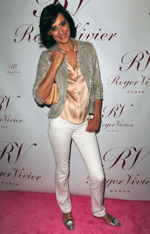 ines in white jeans