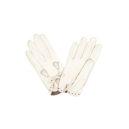 White macrame gloves from Hermes