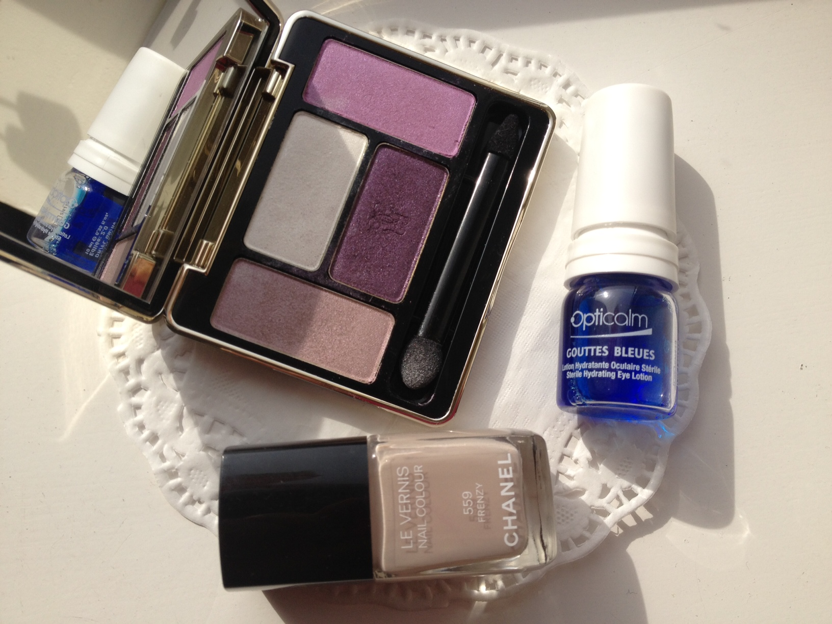 Chanel Frenzy, French blue eyedrops, Guerlain eyeshadow palette Attrape Coer