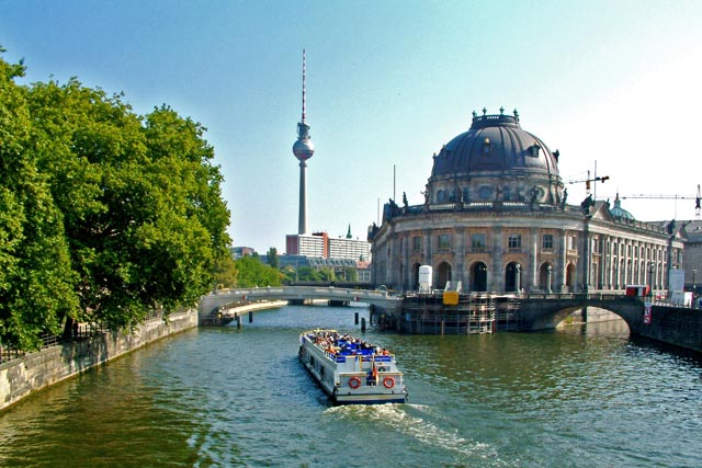 Boats Tour wedding berlin