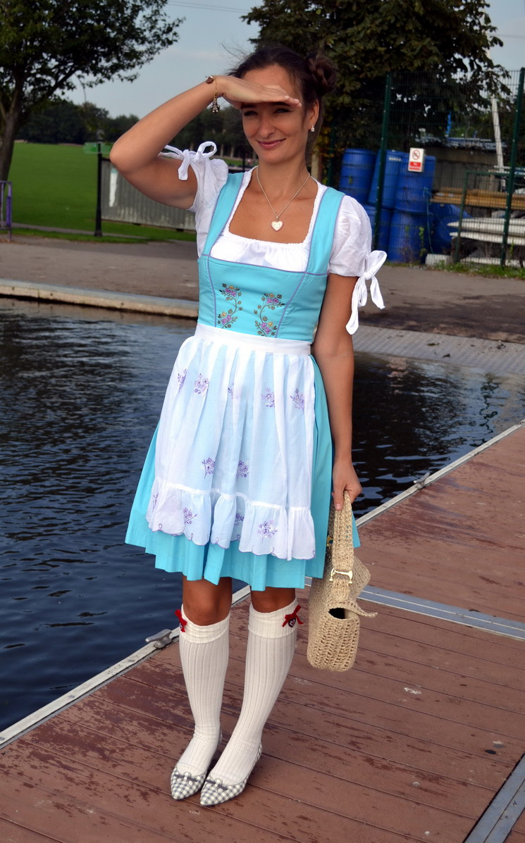 Dirndl Street Style London Marc Jacobs shoes