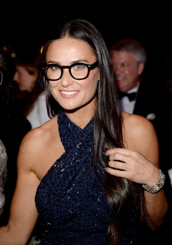 demi-moore-glasses-black