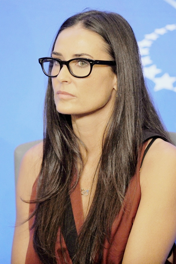 glasses-demi-moore
