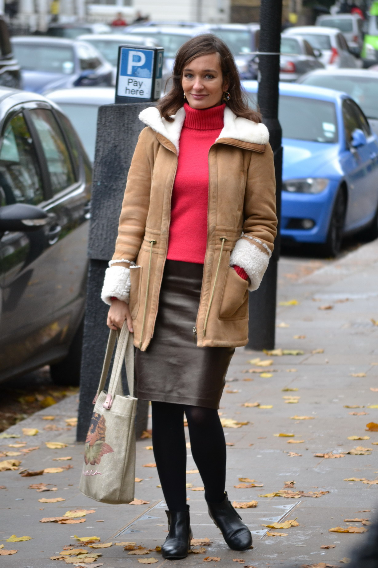 Leather Pencil skirt and sheepskin street style