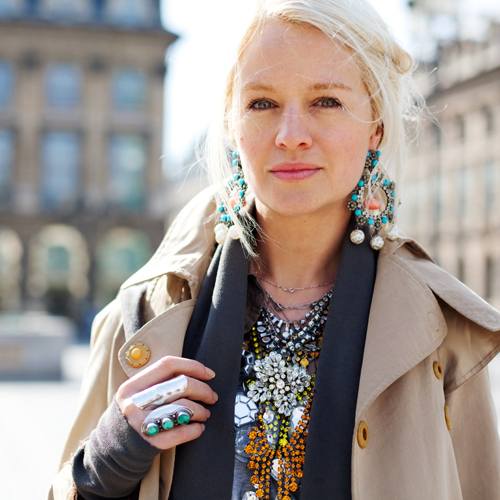 statement earrings streetstyle