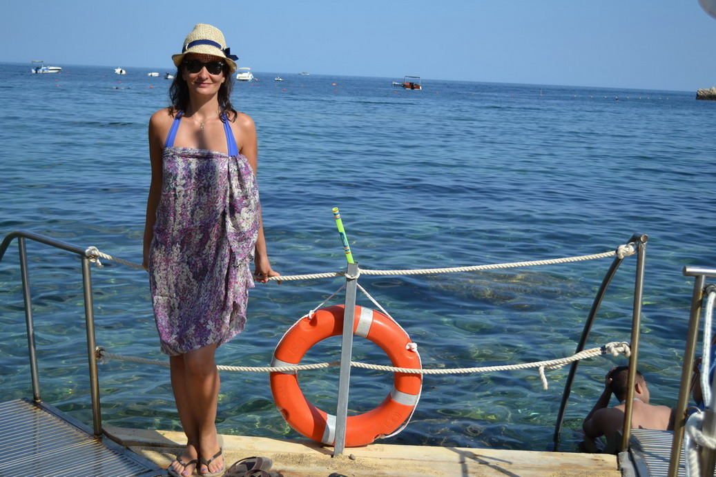 Isola Bella, Sicily, Taormina beach sarong Lily and Lionel