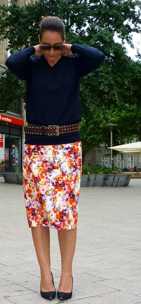 Floral pencil skirt tiger of sweden celine