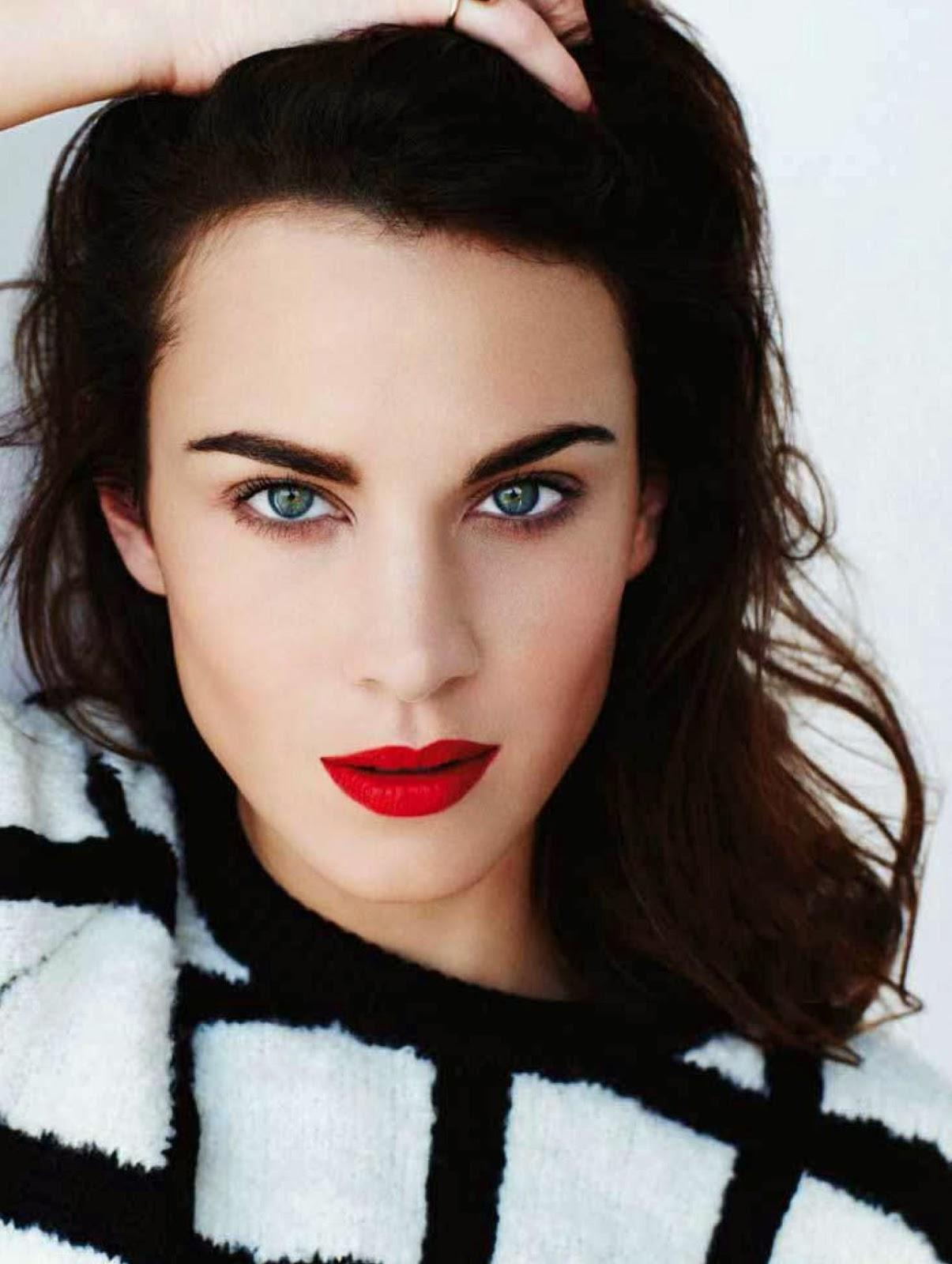 Alexa Chung is wearing Russian Red lipstick by MAC