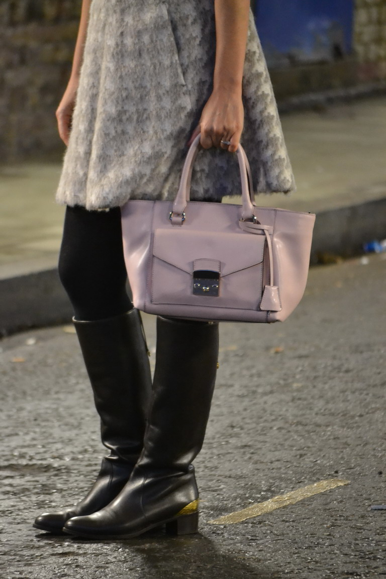 London street style sergio rossi boots and coccinelle bag