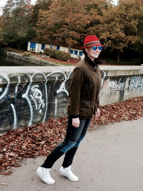Rebel Barbour jacket street style BCBG Hat Converse chucks
