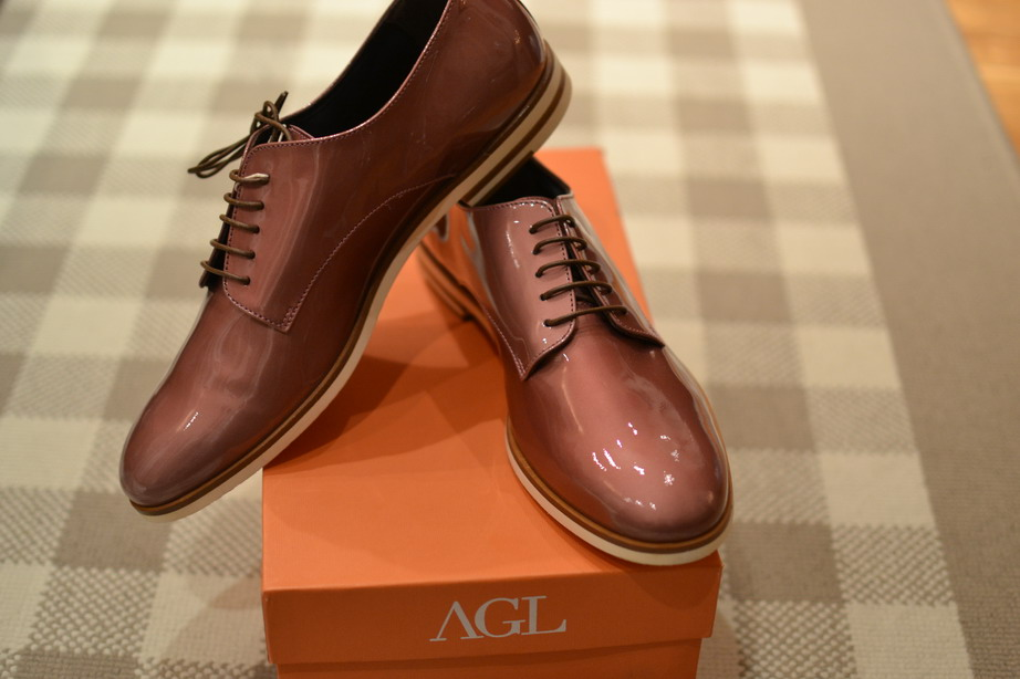 My new babies: Feminine meets masculine. Pink lace-ups from AGL. Attilio Giusi Leombruni