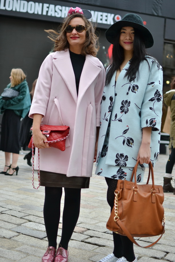 LFW 2015 Somerset house pink coat chanel bag pink oxfords