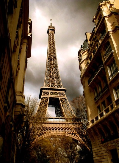 eiffel_tower_by_suzieann