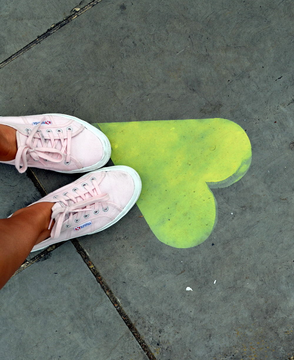 Superga Pink London Street style