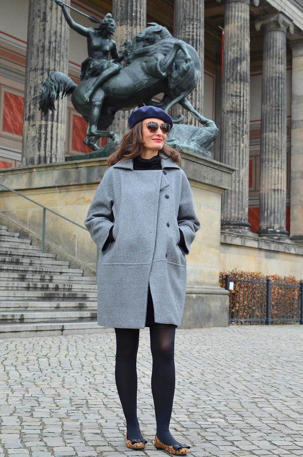 Romantique street style berlin egg shape coat