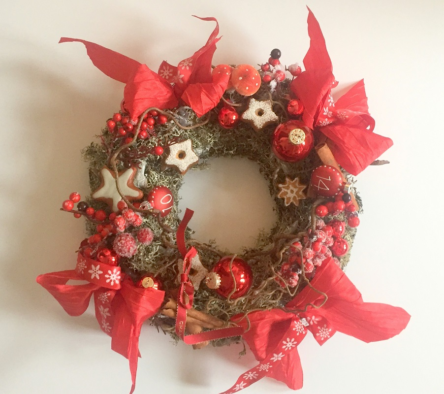 Stylish Red Gourmand Advent Wreath
